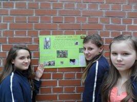 Gimnazjaliści z Jankowic pomagali zwierzakom z żorskiego azylu