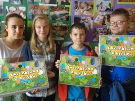 Uczniowie stworzyli grę planszową o Świerklanach