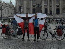 Rowerem do Rzymu [video]