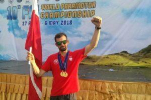 Szymon Winkler – mieszkaniec Świerklan mistrzem świata w motoparalotniarstwie